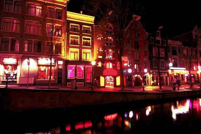 Amsterdam  Barrio Rojo red light district